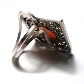 Transformació d'un fermall en anell / Transformation of a brooch into a ring
