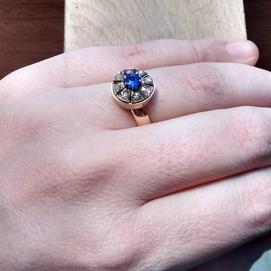 Or, diamants talla rosa i sàfir / gold, diamonds rose cut and sapphire